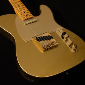 Fender Limited Edition Custom Shop Closet Classic Telecaster with Maple Fretboard HLE Gold 2017