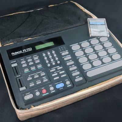 Roland R-70 Drum Machine /w Memory Card M-512E & Soft Case