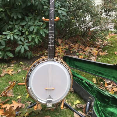 Paramount Banjo with Case Style A Plectrum Banjo 1920's