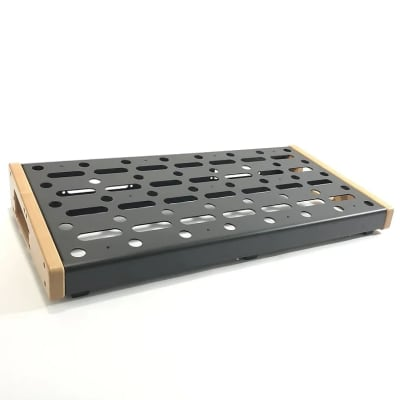 EMERSON 12X24 PEDALBOARD for sale