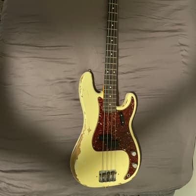 Fender Fender Custom Shop 1960 Time Machine Heavy Relic Precision Bass 2020 Aged Vintage White for sale