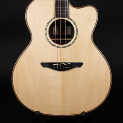 Avalon Ard Rí A2-390C Guitar Sitka & Exhibition Grade Ziricote - New & 15% Off! for sale