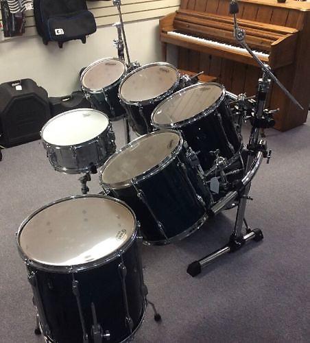 used tama rockstar custom 7 piece rack mount drum set w reverb. Black Bedroom Furniture Sets. Home Design Ideas