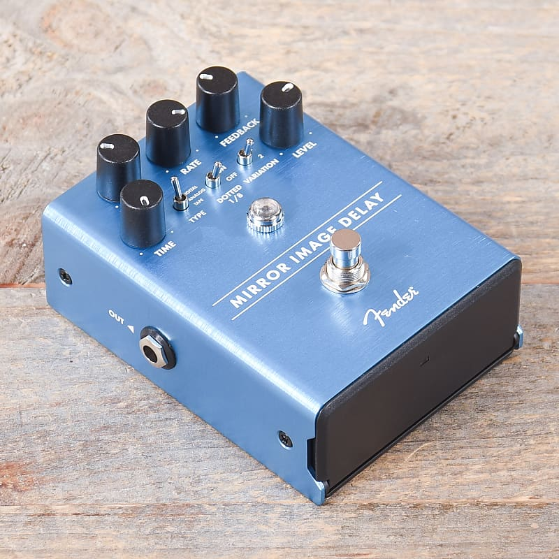 fender mirror image delay pedal used chicago music exchange reverb. Black Bedroom Furniture Sets. Home Design Ideas