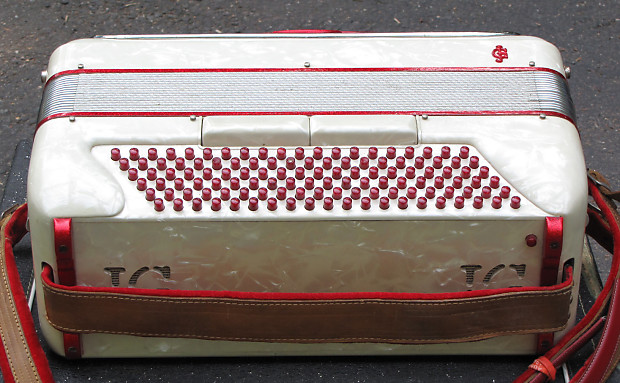 Vintage Giulietti S32 Accordion Reverb