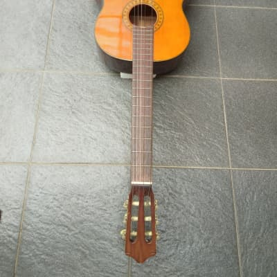 KAWAI G 150 CLASSICAL GUITAR