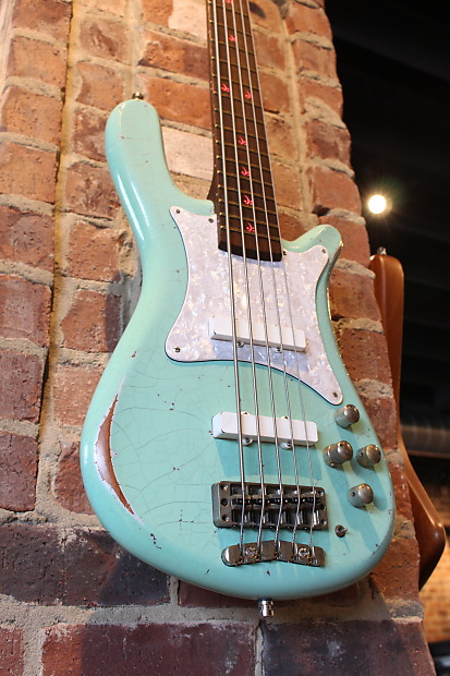 warwick streamer cv 2014 aged mint green