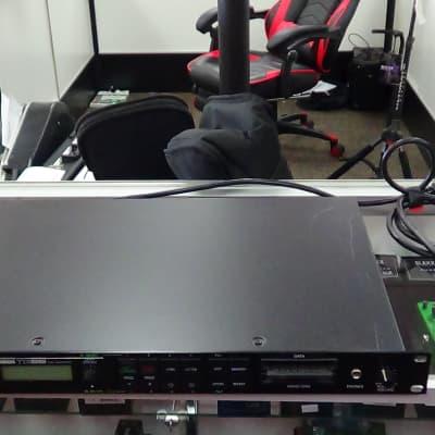 Yamaha  TG55 Tone Generator black