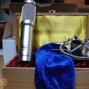 Peluso Microphones R 14