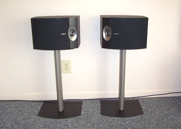 BOSE 301V Speakers FS 1 Floor Stands Absolutely MINT Condition 301 V