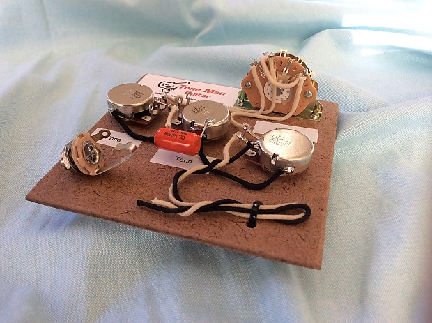 stratocaster prebuilt wiring harness kit 022uf cap fits a reverb. Black Bedroom Furniture Sets. Home Design Ideas