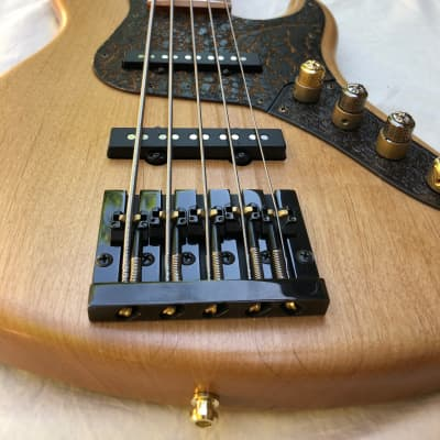 Luthier made Built to Order Custom Jazz Bass, 4 or 5 stirng