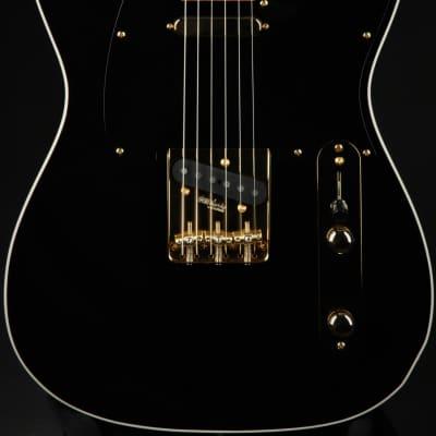 Hold - Suhr Mateus Asato Signature Classic T - Black