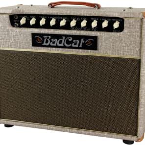 """Bad Cat Black Cat 15 15-Watt 1x12"""" Guitar Combo"""
