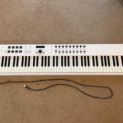 Arturia KeyLab Essential 88 MIDI Controller 2020 - 2021 White
