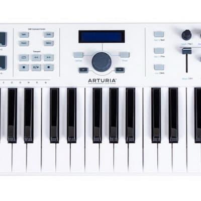 Arturia Keylab Essential 61 Universal MIDI Controller