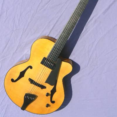 Devoe  16 Custom ARCHTOP GUITAR