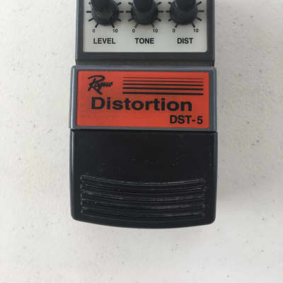 Rogue DST-5 Analog Distortion Overdrive Rare Vintage Guitar Effect Pedal