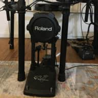 Roland TD-11 V Drumset with  top thorne, DW kick pedal, and Samson Amp