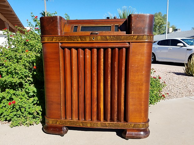 Ended! - Philco 42-400X Antique Radio IPod/mp3 Player! Vintage Style! Reverb