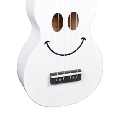 Mahalo U-Smile White Soprano Ukulele