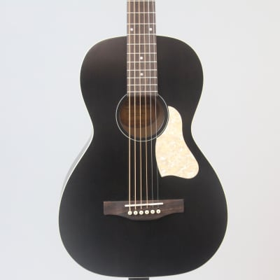 Art & Lutherie Roadhouse Parlor Acoustic Guitar   Faded Black for sale