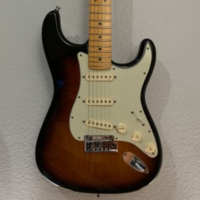 Fender American Deluxe Stratocaster Soft V-Neck and S-1 Switching for sale