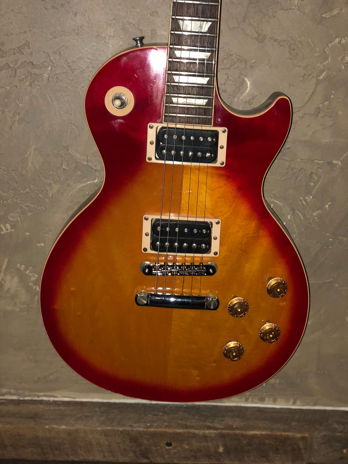Gibson Les Paul Classic 1990s Cherry Burst