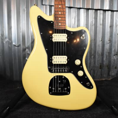 Fender Player Jazzmaster®, Pau Ferro Fingerboard, Buttercream (Floor Model)