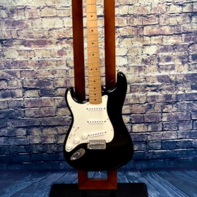 Fender  Standard Stratocaster SSS Left Handed/w Hard-shell case Black for sale
