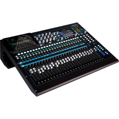 Allen & Heath QU-24C 30 In/24 Out  Compact Digital Mixer Chrome Edition