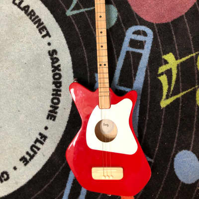 Loog Pro Acoustic Red with Backpack & Stand