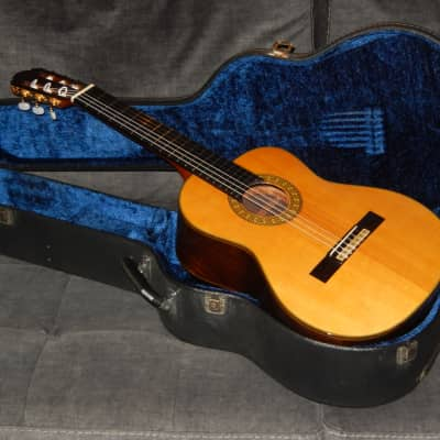 MADE IN 1982 - KAZUO YAIRI Y505A - TRULY WONDERFUL ALTO/REQUINTO CONCERT GUITAR