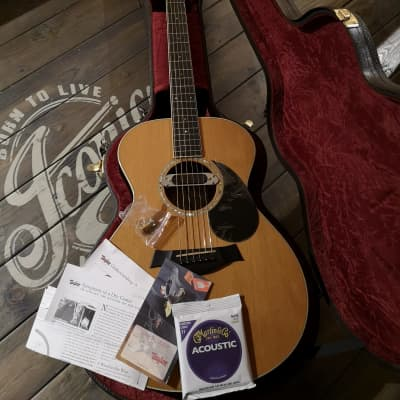 Taylor grand concert gc5 2007 gloss for sale