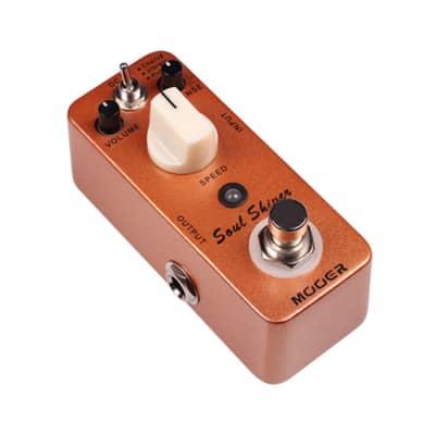 Mooer SOUL SHIVER Multi Modulation Micro Effect Pedal Chorus/ Vibrato/ Rotary Pedal