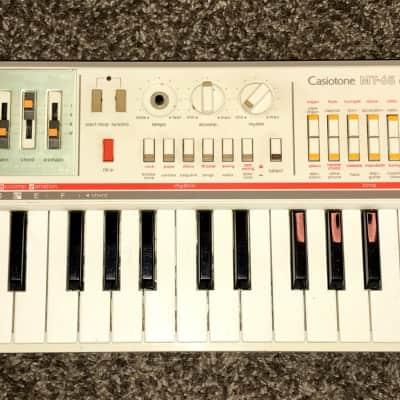 Casio MT-65 49-Key Synthesizer 1980s