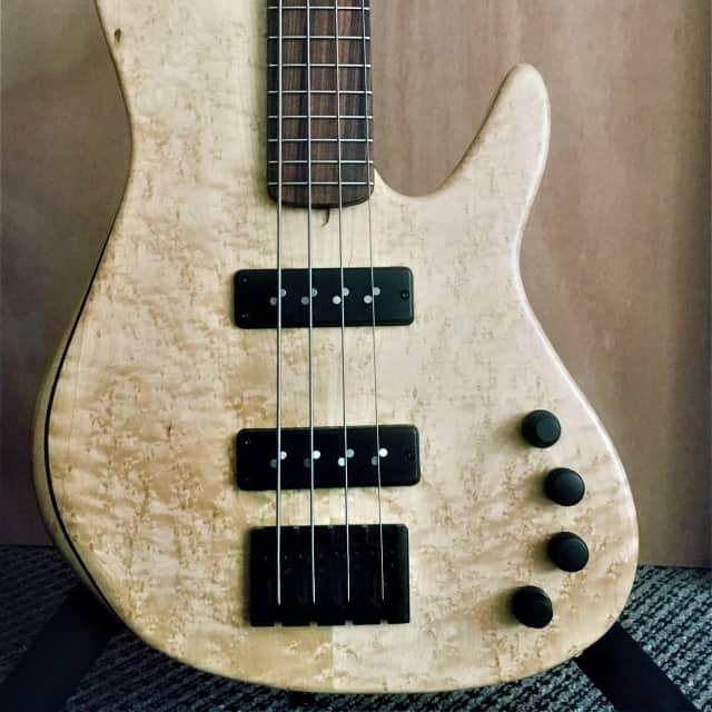 "Clement #432 Kim Medium/32"" Scale Bass New image"
