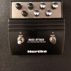 Hartke Bass Attack Pre Amp Tone Shaper DI Pedal Black/Silver