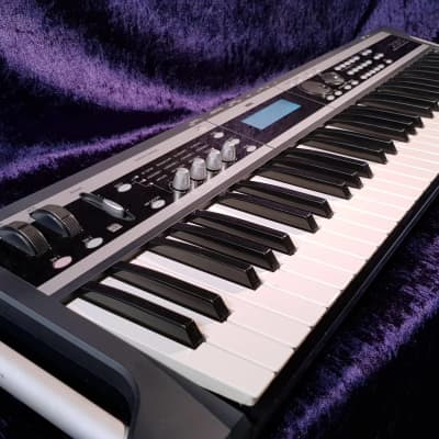 Korg X50 Keyboard Synthesizer 61 Keys 384 Combis 512 Programs Stereo 110-240V TOP