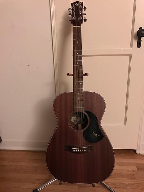 Musical Instruments & Gear United Maton M808
