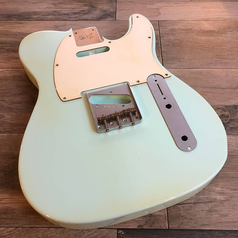 BODY Telecaster type SONIC BLUE light relic aged nitro red alder SS vintage  nitrocellulose guitar