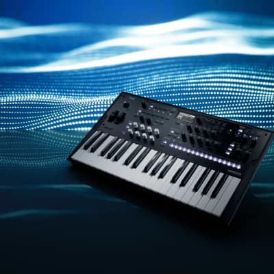 Korg Wavestate FREE Cables Synthesizer Keyboard