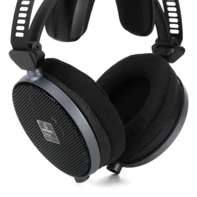 Audio-Technica ATH-R70x Open-back Dynamic Reference Headphone (ATHR70xd3)
