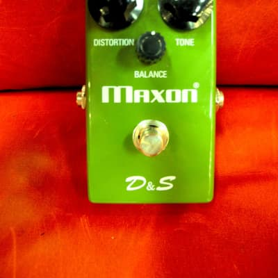 Maxon D&S Distortion and Sustain