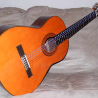 <p>HAND MADE VINTAGE SHINANO GS250 CLASSICAL CONCERT GUITAR IN MINT(y) CONDITION</p>  for sale