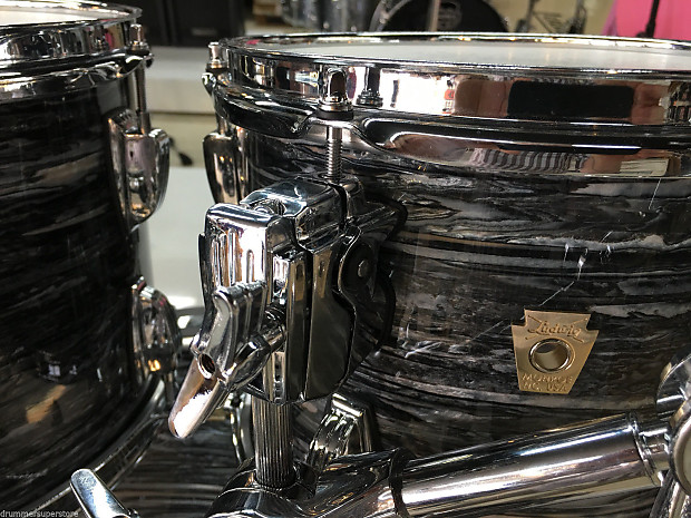 Ludwig Classic Maple Vintage Black Oyster Pearl 4 Piece