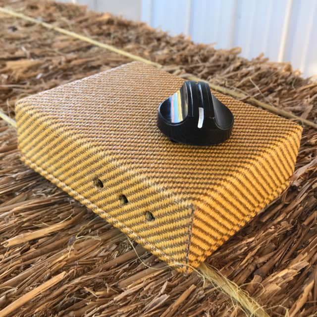 Stami's Customs - Tweedy Bird 4 Ohm 85 Watt Speaker Attenuator for Tube Amp in Lacquered Tweed image