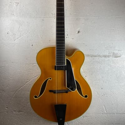 Moll John Pizzarelli  Seven String archtop 2000 blond for sale