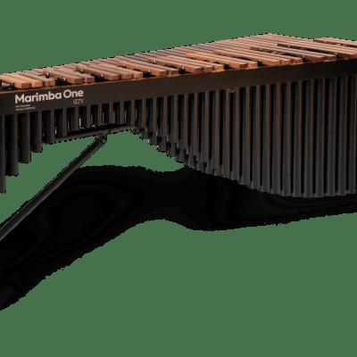 Marimba One 9506 IZZY 5.0 Octave with Basso Bravo resonators, Premium keyboard
