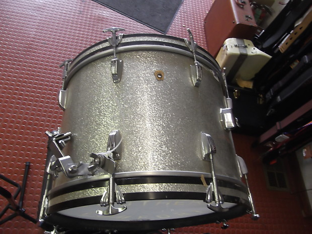 ludwig 20 inch bass drum 1960 s silver sparkle reverb. Black Bedroom Furniture Sets. Home Design Ideas